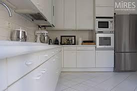 carrelage cuisine blanc carrelage pour cuisine blanche decoration plan de travail pour