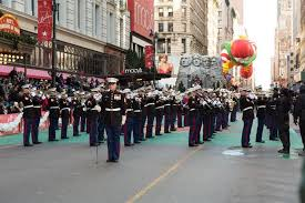 division marines perform in thanksgiving day parade 2nd marine