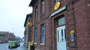 bureau de poste villeneuve d ascq cambrésis la poste coupe au total 14 heures d ouverture sur trois