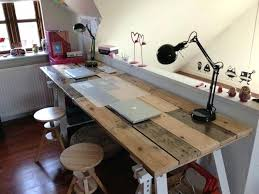 bureau palette bois fabriquer bureau bois plus grands chateaux bordelais bureaux