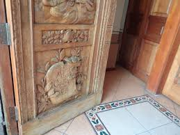Carved Exterior Doors File Iglesia Auxiliadora Quito Carved Exterior Doors