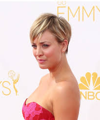 how to get kaley cuoco haircut kaley cuoco short straight casual hairstyle medium blonde