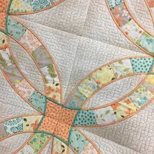 Double Wedding Ring Quilt by Double Wedding Ring In The Hoop Quilt Blocks Class