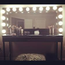 Lighted Makeup Vanity Mirror Lovable Vanity Makeup Mirrors 9 Best Lighted Makeup Mirrors In 20