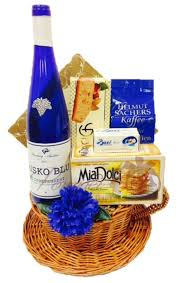 nyc gift baskets something blue wine gift basket by pompei baskets