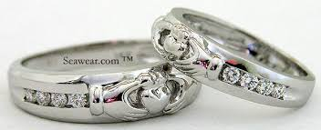 claddagh wedding ring diamond claddagh wedding bands