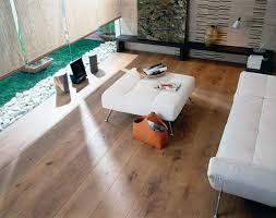 salon en bois massif un sol en parquet quels types de pose viving