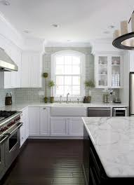 what color granite with white cabinets and dark wood floors backsplash ideas marvellous backsplash tile for white cabinets