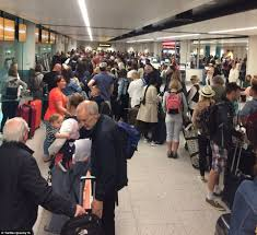 Long Journey How Commuters Cope by Gatwick Airport Travel Chaos As Conveyor Belt Fails Daily Mail