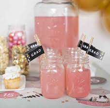 the party ideas 20 graduation party ideas you ll want to copy stylecaster