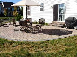 Simple Backyard Patio Designs Aweinspiring - Backyard patio designs pictures