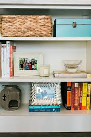 sadie road organized u0026 styled using baskets to organize your life