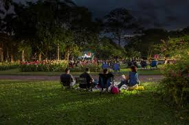 Botanic Gardens Open Air Cinema Open Air Cinema Living And Loving