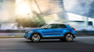 volkswagen t roc subcompact crossover makes world debut in italy