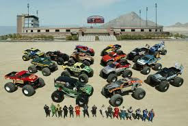 monster trucks grave digger crashes monster jam world finals 4 monster trucks wiki fandom powered