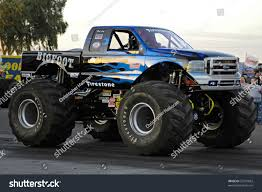 bigfoot the monster truck retro bigfoot monster truck u2013 atamu