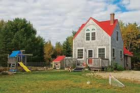 Tumbleweed Cottages Tumbleweed Tiny Houses A 648 Square Foot Home In Maine