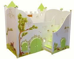kinderbett mit treppe waldburg als kinderbett perfekt für kleine umweltschützer und