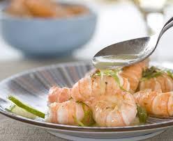 cuisiner les langoustines langoustines à l estragon et au beurre citronné recette de