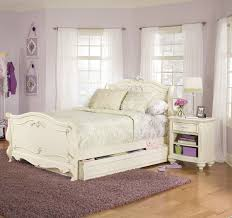 White High Gloss Bedroom Furniture by Antique White Bedroom Furniture White Lacquered Wood End Table