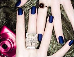 with fall nail color