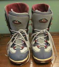 womens size 11 snowboard boots airwalk 9 us snowboard boots ebay