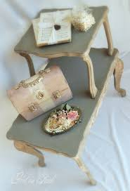 How To Make End Tables Furniture by Best 25 Distressed End Tables Ideas On Pinterest Redo End