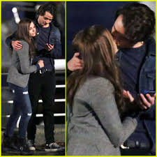 justin bieber and chlo grace moretz dating what if chloe moretz kisses co star jamie blackley for if i stay chloe