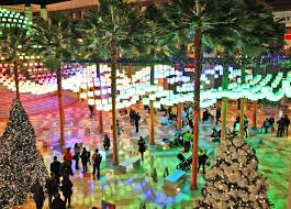 dazzling canopy of holiday lanterns returns to the winter garden