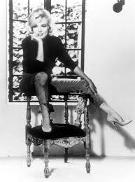 Marilyn Monroe Furniture by Florence Exhibit Matches Marilyn Monroe To Art The New York Times