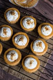 Gingersnap Pumpkin Cheesecake by Mini Pumpkin Cheesecakes With Whipped Sour Cream U2013 Honest Cooking
