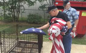 How To Dispose Of An American Flag When Torn American Flags Will Burn In Tribute Not Protest On Flag Day