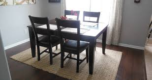frightening average size rug for dining room table tags rug for