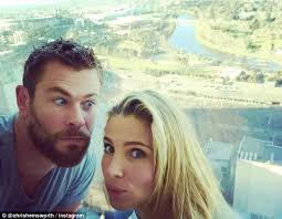 Hotwife Meme - chris hemsworth pays tribute to melbourne and his hot wife elsa