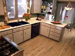 how to paint old kitchen cabinets diy