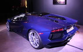 lamborghini dark purple 2013 lamborghini aventador roadster looks hotter with no top