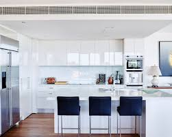Glossy Kitchen Cabinets High Gloss White Kitchen Houzz