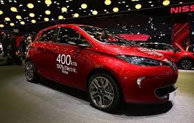 renault zoe renault zoe ze 40 unveiled at paris motor show 400km range