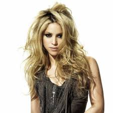 what color is shakira s hair 2015 76 best shakira images on pinterest shakira artists and biking