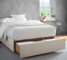 How To Make Platform Bed With Storage Drawers by Best 25 Storage Bed Queen Ideas On Pinterest Bed With Drawers