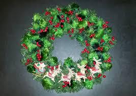 christmas wreath using disney princesses ornaments the enchanted