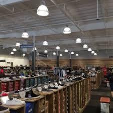 designer shoe outlet dsw designer shoe warehouse shoe stores 151 plaza dr vallejo
