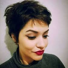 short hairstyles for wavy hair fashion and women