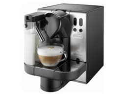 delonghi magnifica red light nespresso en 680 m lattissima system by de longhi