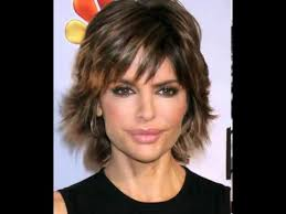 lisa rinna hair stylist lisa rinna hairstyle casual short straight youtube
