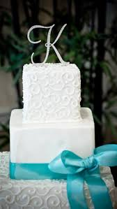 tiffany blue wedding cake only not a letter on top can we