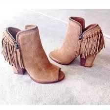 s boots with fringe best 25 fringe boots ideas on fringe boots