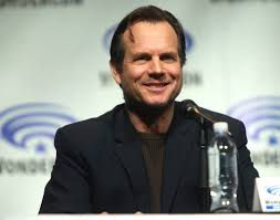 bill paxton passes away at 61