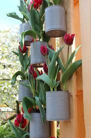 Do It Yourself Garden Art - gartenideen alte dosen tulpen garten pinterest gardens