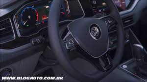 volkswagen polo highline interior 2015 confira todo o interior do volkswagen polo 2018 highline 200 tsi